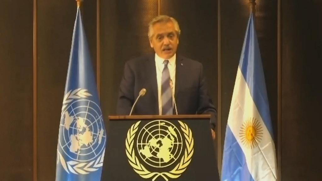 presidente de argentina dice polémica frase sobre mexicanos y luego se disculpa