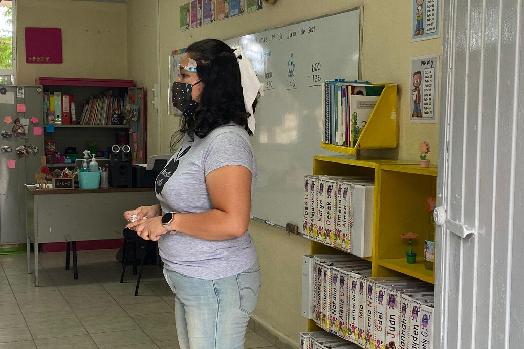 docentes asisten aulas