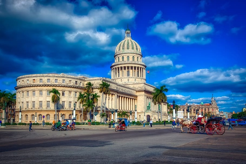 Culpa presidente de Cuba a EE. UU. por protestas