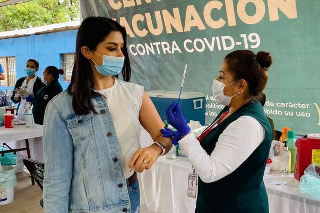 Anuncian vacunación para 30–39 años en otros tres municipios