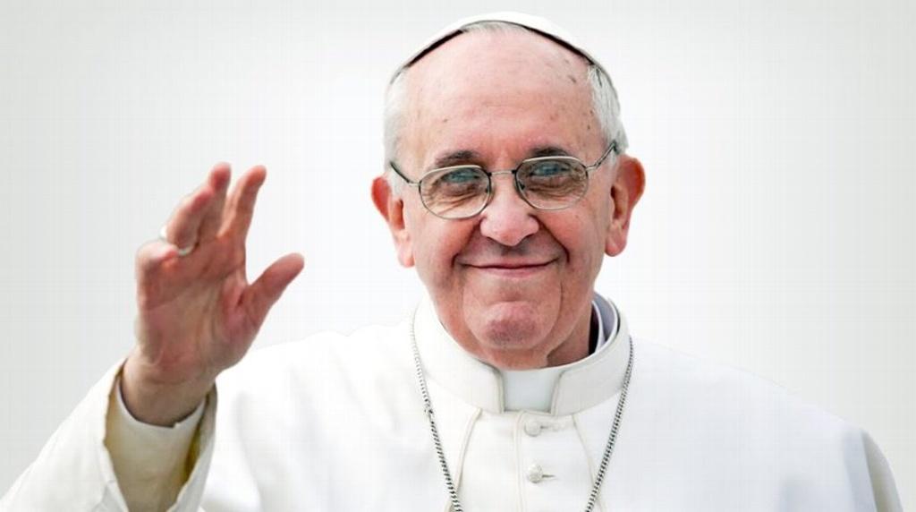 Papa Francisco reacciona bien a su cirugía, informan desde el Vaticano